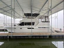 1998 Carver 405 Motor Yacht