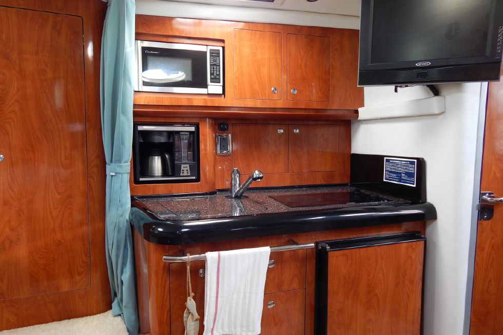 2008 Four Winns 318 Vista - Galley Aft View