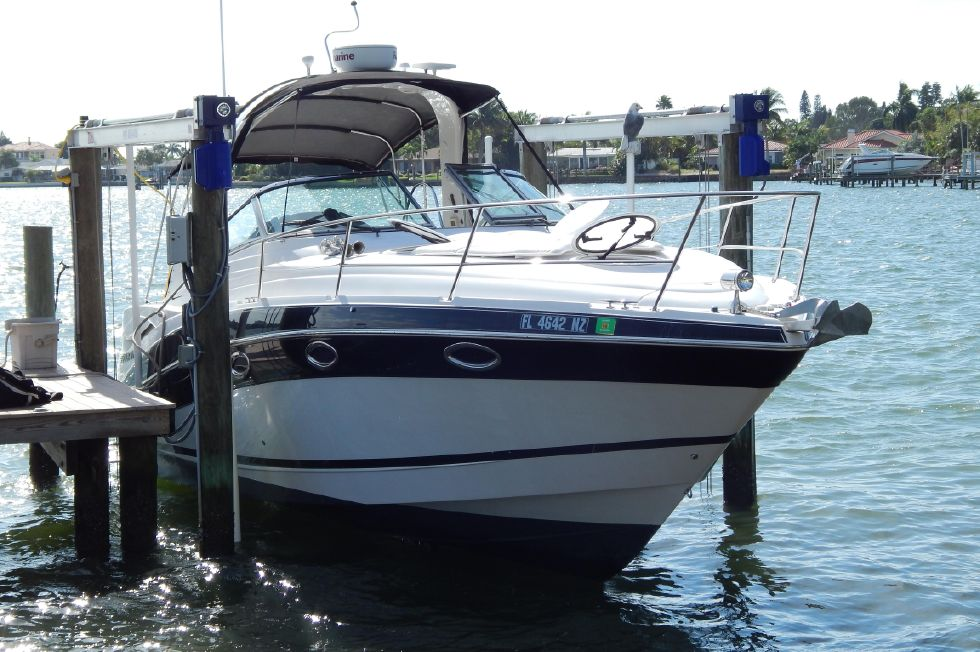 2008 Four Winns 318 Vista - Starboard Side View