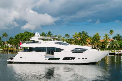 2017 Sunseeker 95 Yacht - Zero Speed Stabilizers provides comfort even when stationary