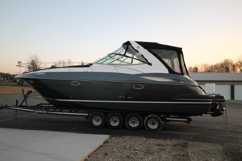 2004 Cruisers Yachts 340 Express - Port Side