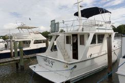 2006 Mariner 35 Seville Sedan Trawler