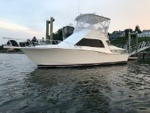 2005 Cabo 35 Flybridge Sportfisher