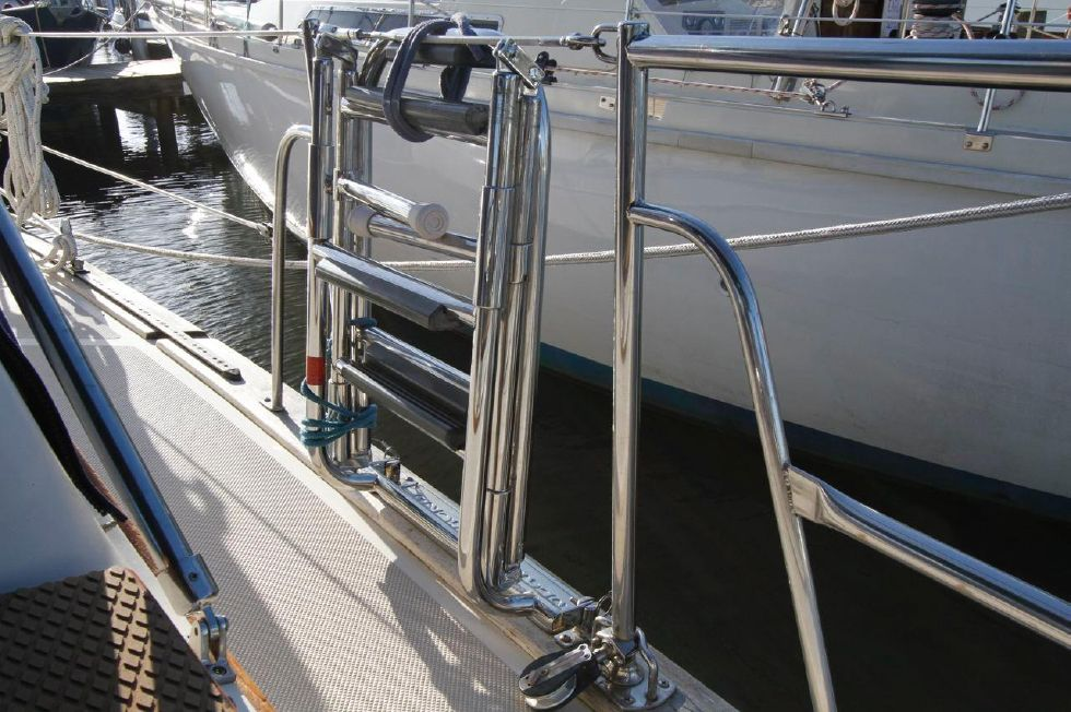 1998 Island Packet 40 - Island Packet 40 Custom Boarding Ladder Starboard Side