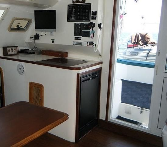 1999 Island Spirit 37 Catamaran - Nav Station