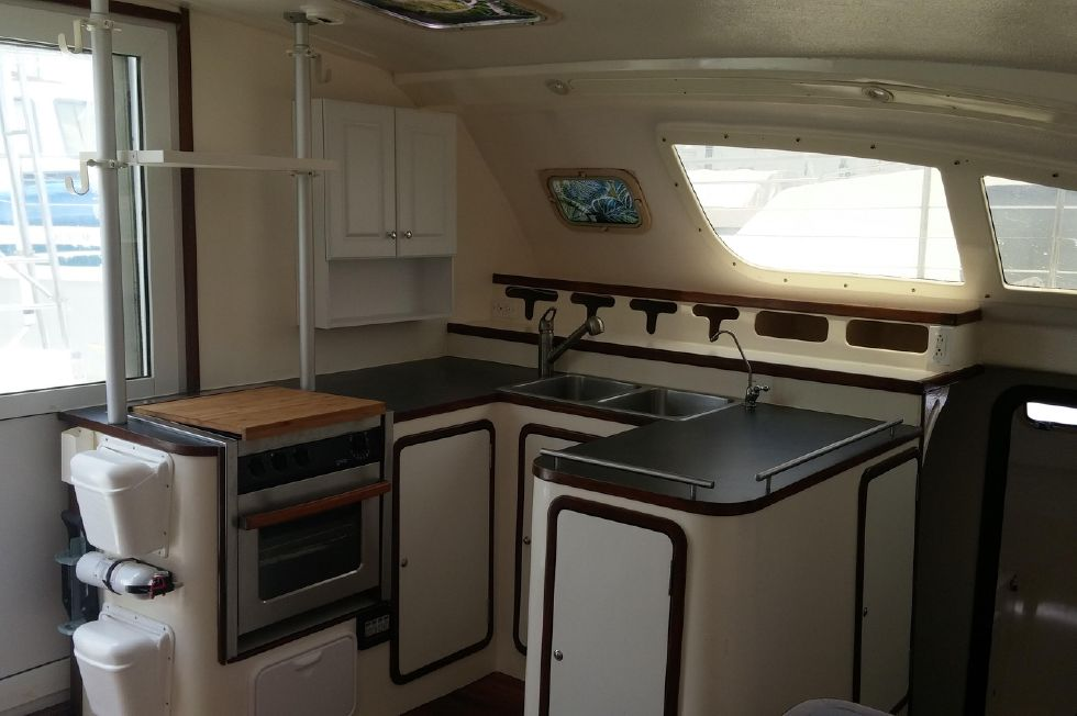 1999 Island Spirit 37 Catamaran - Galley