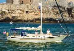 1998 Pacific Seacraft 37