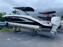2017 Sea Ray SDX 270 Outboard