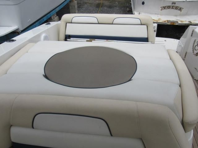 2004 Fountain 48 Express Cruiser - Deck 8