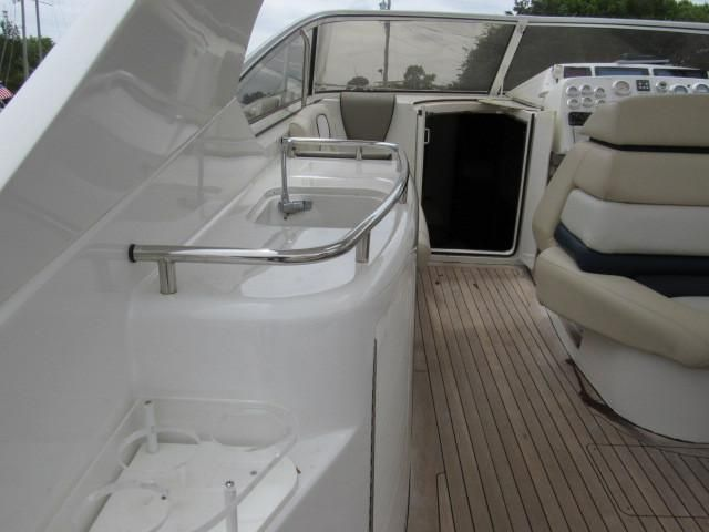 2004 Fountain 48 Express Cruiser - Deck 10