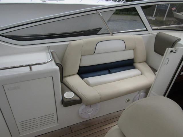 2004 Fountain 48 Express Cruiser - Deck 9