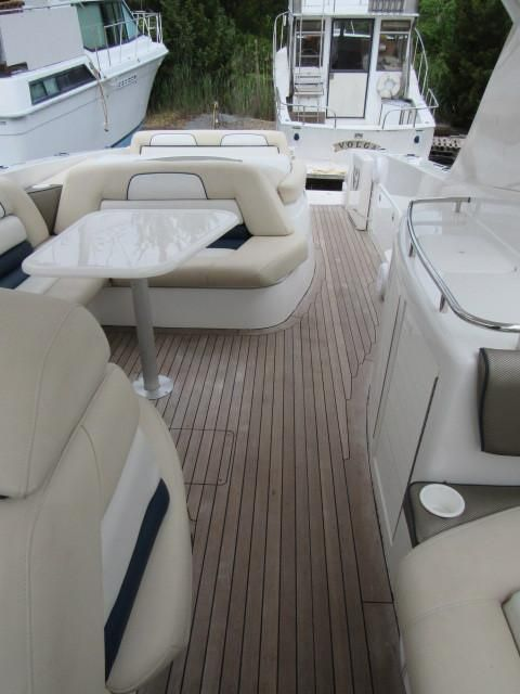 2004 Fountain 48 Express Cruiser - Deck 4