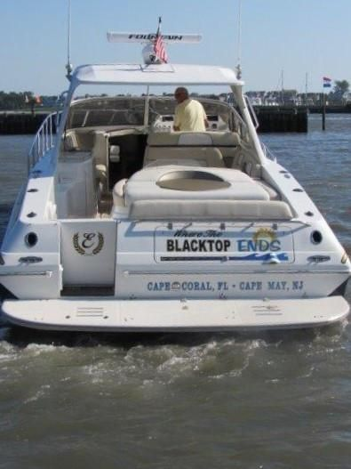2004 Fountain 48 Express Cruiser - Profile 12