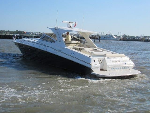 2004 Fountain 48 Express Cruiser - Profile 11