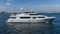 2015 Westport Raised Pilothouse