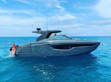 2021 Cruisers Yachts 38 GLS