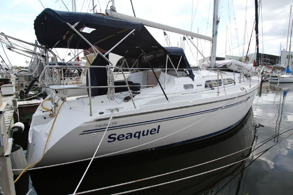 2005 Catalina 350 - 35 Catalina 350 Starboard Aft View