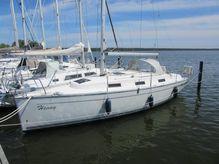 2010 Bavaria Cruiser 32