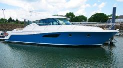 2016 Tiara Yachts 44 Coupe