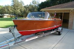 1957 Chris-Craft 17 Runabout