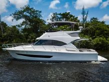 2019 Riviera 39 Open Fly