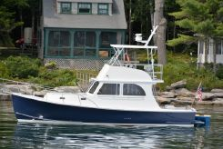 2008 Custom 36 Flybridge