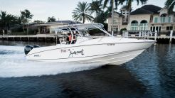 2006 Boston Whaler 320 Outrage Cuddy Cabin