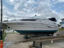 2000 Chaparral 260 Signature Cruiser