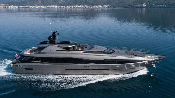 Peri Yachts FX 38
