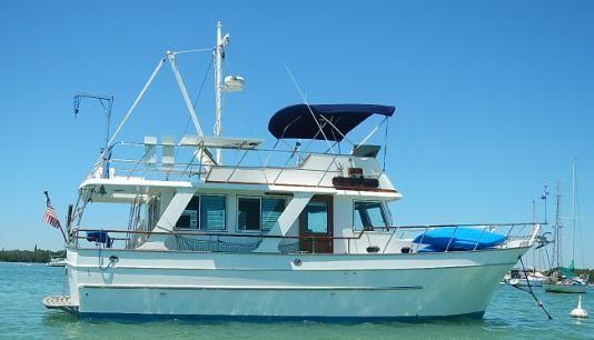 Marine Trading Marine Trader 38 Sedan