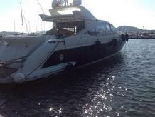 2007 Azimut 68 hard-top