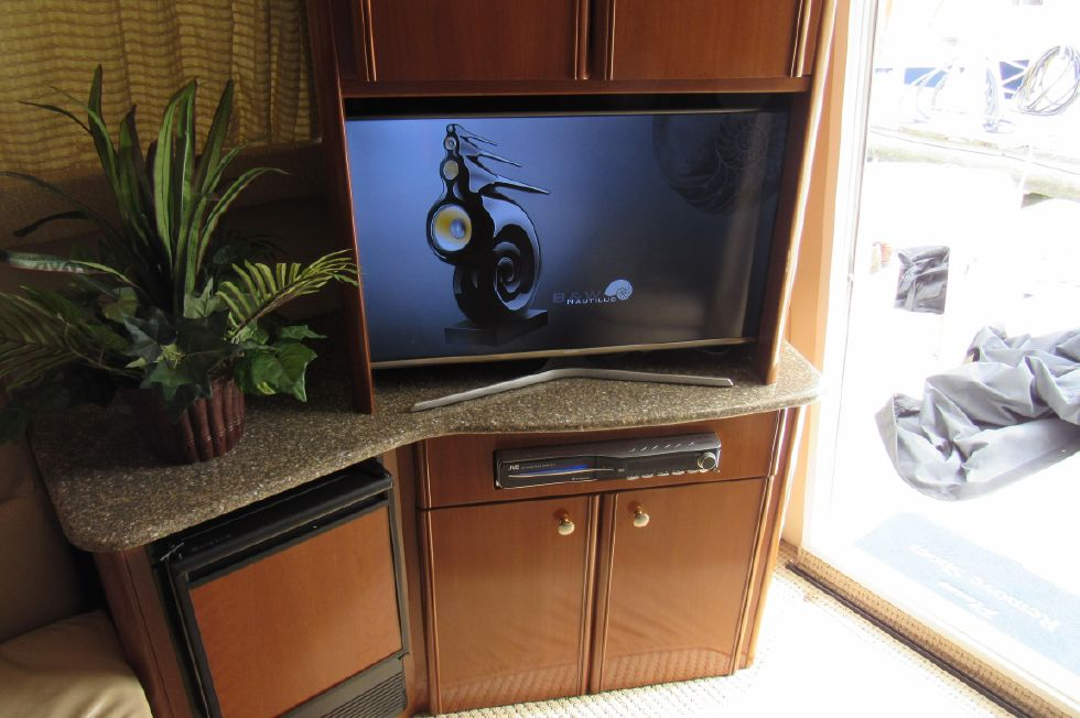 Fantastic Entertainment Center