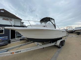 2005 Sea Fox 210 Walk Around