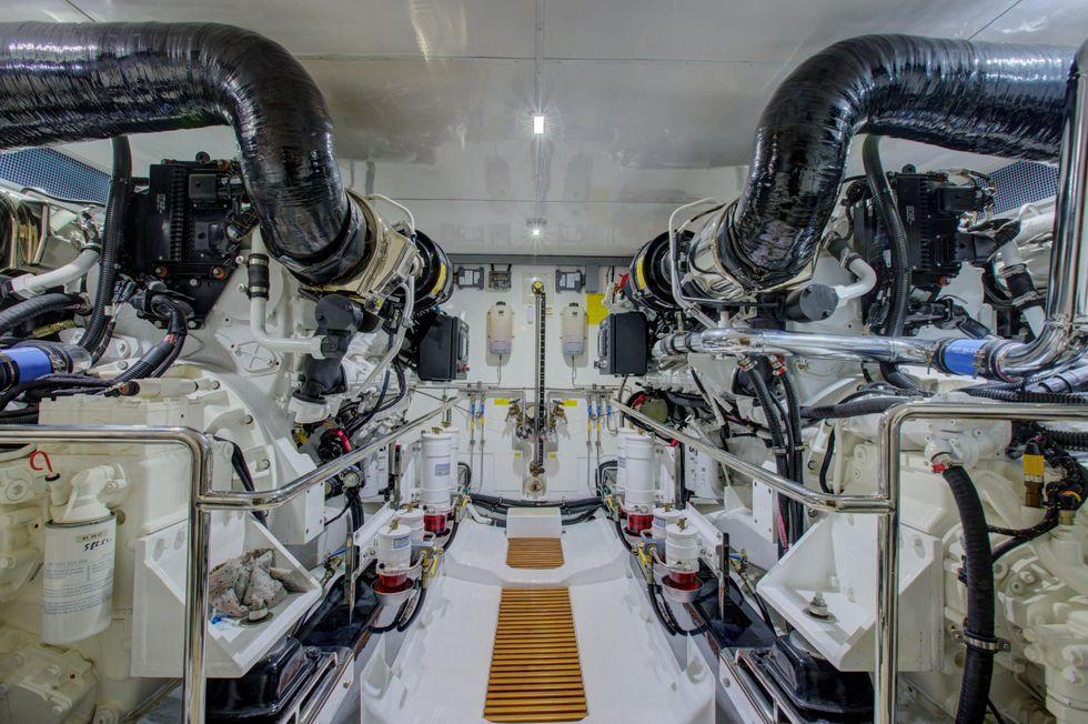 2015 Marlow Explorer 80E-CB LADY EME Miami FL for sale - Next