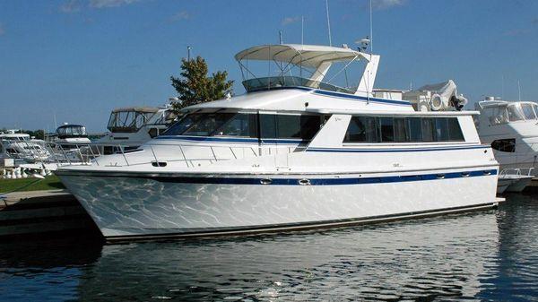 Vantare 58 Flush Deck Motor Yacht Profile