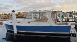 2006 Mainship Pilot 34 Sedan