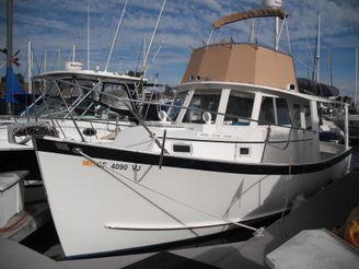 1985 Ontario Yachts Trawler