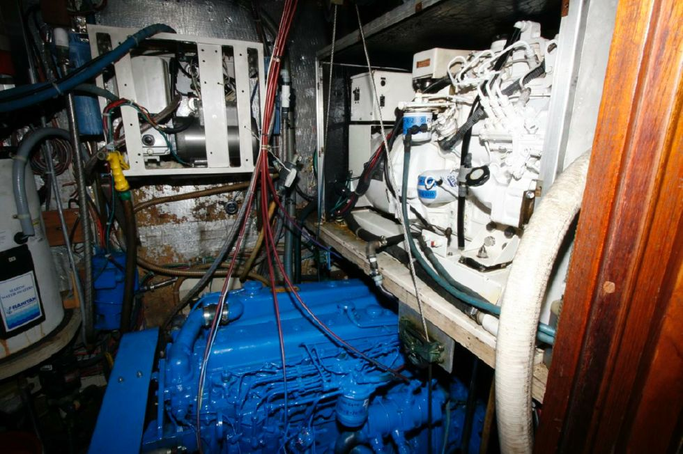 Engine Room w/Genset above