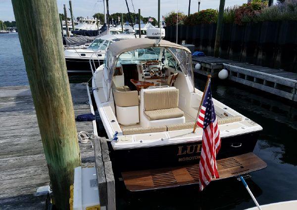 Hunt Yachts Surfhunter image