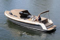 2020 Interboat Intender 820