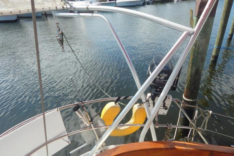 Port Davit and Rail