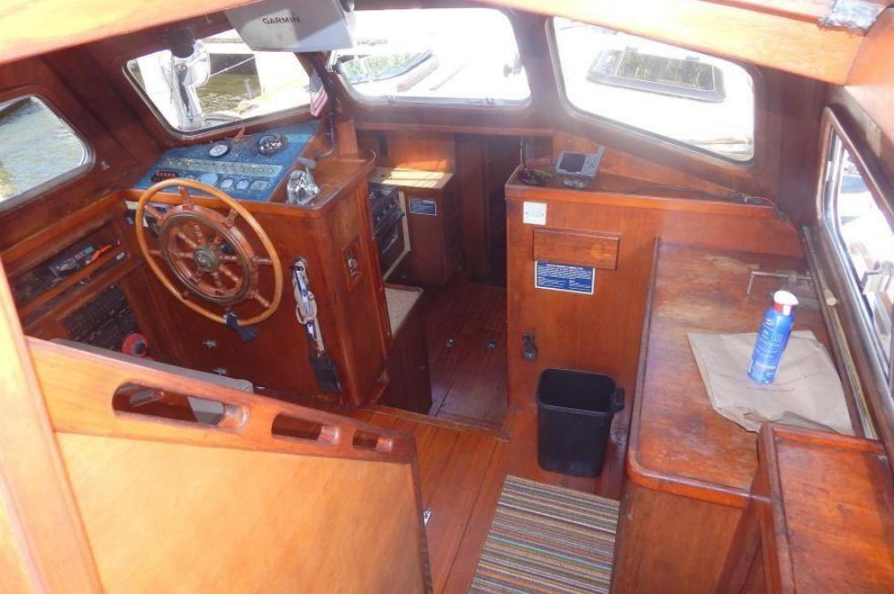 Cockpit to Pilothouse