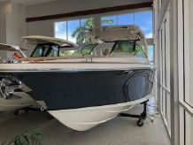 2021 Chris-Craft 31 GT