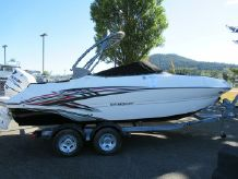2021 Stingray 214LR  Outboard Sport Deck
