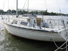 1983 Dufour 3800