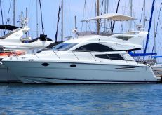 2005 Fairline Phantom 40