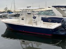 2013 Hunt Yachts Surfhunter 25 CC