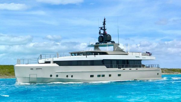 Admiral Motor Yacht