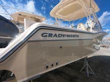 2021 Grady-White Freedom 235