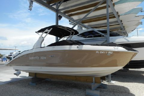2018 Sea Ray 270 SUNDECK OB